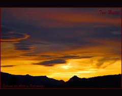 20091208 001 Se despide el Sol (El Ocaso) (a.tavallo) Tags: color valencia paisaje nubes puestadesol lasafor paisvalencia rtova alfahuir tonimestre atavallo sierradeador castelldealfahuir sierrafalconera