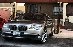 Seven Series (Talal Al-Mtn) Tags: cars car by germany automobile automotive full seven bm automatic bmw series kuwait 2009 talal option kuwaitcity q8 20inch kwt alghanim sevenseries stateofkuwait canon450d bmw740il lm10 q8hp homeparking bmwsevenseries almtn rims22 talalalmtn  kwtmotors photographybytalalalmtn