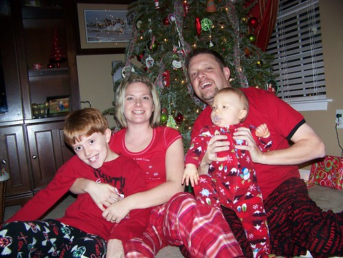 091225 Our Christmas Eve 07 - Family in PJs