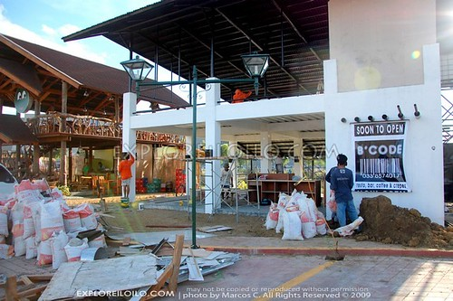 Paseo de Arcangeles – a new Dining and Entertainment Strip in Iloilo