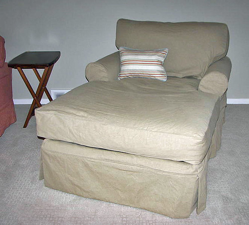 chaise after