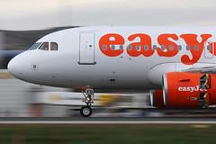Airbus A319-111 (G-EZFD) LEAL (jfreaks) Tags: españa airplane alicante airbus panning spotting aviones a319 aviacion barrido leal planespotters javiergm jfreaks aircrafrs