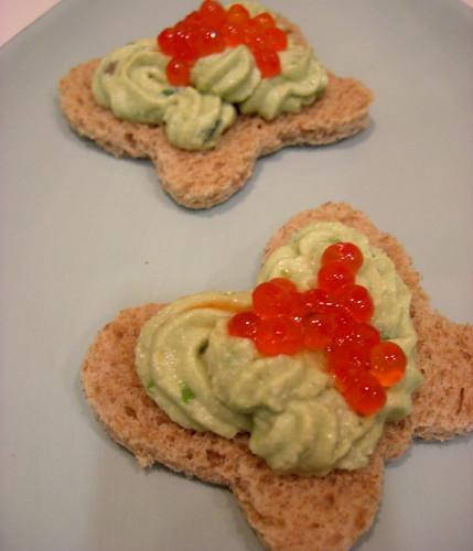 Avocado and ricotta spread