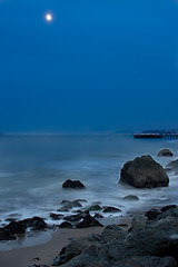 Twilight Eye (9_on_the_snap) Tags: sf sanfrancisco longexposure beach night canon eos coast shorelines shoreline coastal shore fortpoint dslr ftpoint beaces 40d