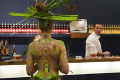 Bionade (webted) Tags: green girl wow groen bio bodypaint showgirl organic nurnberg biofach bionade greenlady bionaked bionademeisje