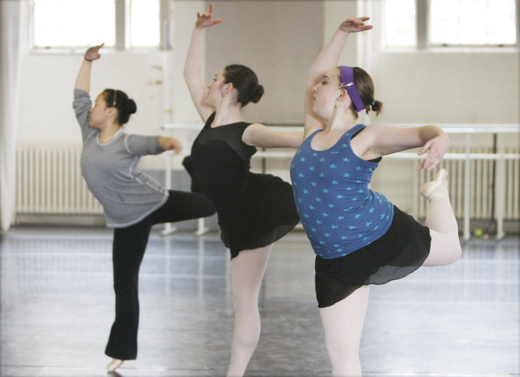 February 14, 2010 - (back to front) Mei Maeda, Kathleen Autilio and Ariella Frishberg dance during a rehersal at Smith College in the Smith Studio in Northampton.