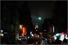 NY State of Mind (eraut) Tags: nyc newyorkcity people ny newyork cars nightshot traffic streetlamp manhattan neighborhood nighttime empirestatebuilding nightlife nyny littleitaly mulberrystreet mulberryst empirestatebuildingatnight tamron1750f28 eos400d canondigitalrebelxti whereskingkong
