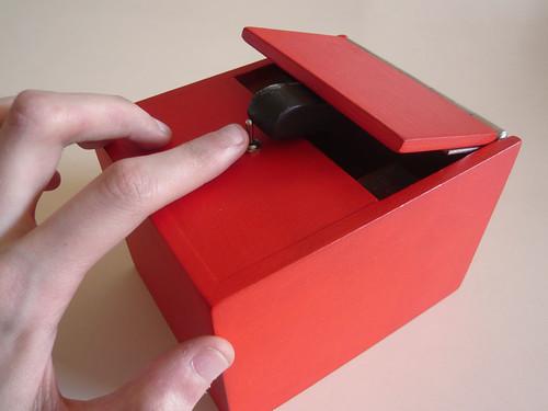 The Most Useless Machine - LeaveMeAloneBox - Ultimate Machine