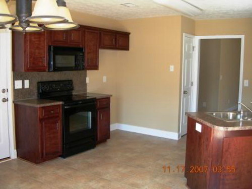 kitchen 755 Mill Pond Dr. The Lakes