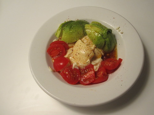Tomatoes, avocado, sof tofu, homemade ponzu sauce
