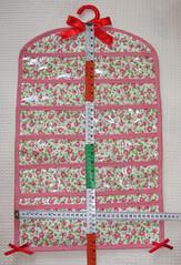 Jujuba_frente (pudim_de_pano) Tags: pano artesanato patchwork avental costura necessaire portabijuteria portaanel