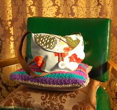 mlw.enjoy trunk show spring 10 (mlw.enjoy) Tags: show new england bag ma one michael oak handmade unique oneofakind ooak craft sew kind lynn purse enjoy trunk messenger handbags hobo printed quirky attleboro wherley mlwenjoy michaellynnwherley