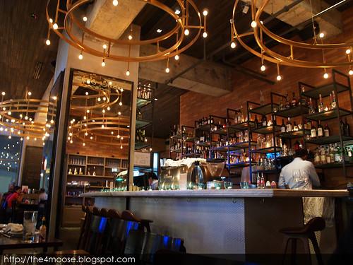 Oriole Cafe and Bar II