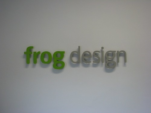 frog design