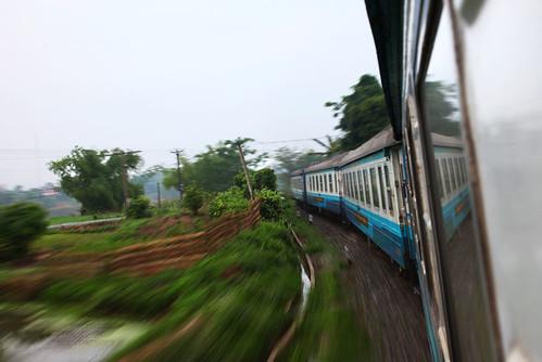 IMG_0306-w Moving Train to Sapa
