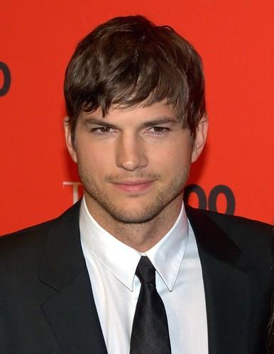 celebrity diets Ashton Kutcher by David Shankbone 2010 NYC