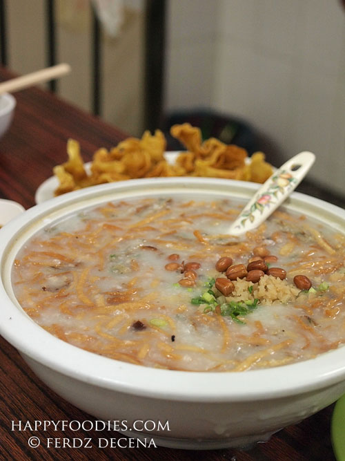 A huge bowl of Fisherman's Congee