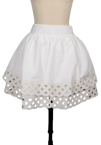 spottedmothpicketfenceskirt_1
