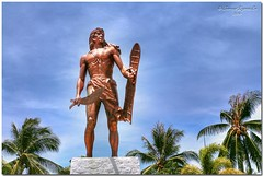 Datu Lapu-Lapu (JoLiz) Tags: blue sky history monument statue shrine chief philippines tourist punta cebu shield bolo hdr cultural attraction mactan lapulapu chieftain datu engano cebusugbo pinoykodakero flickristasindios pinoykodakeros garbongbisaya