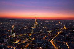 City Lights (Jinna van Ringen) Tags: paris canon photography ringen eiffeltower eiffel elusive van montparnasse 1740mm tourmontparnasse jorinde jinna elusivephoto 5dmarkii jorindevanringen jinnavanringen