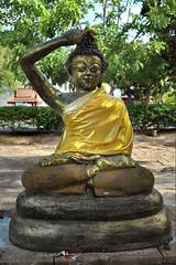 7394 (Roger L. Sizemore) Tags: thailand chiangmai buddah bodhi chedi watjedyod changphuak