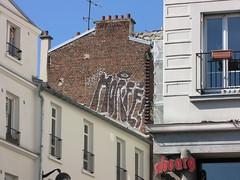 Horf (tofz4u) Tags: roof paris graffiti tag toit 75018 streeart artderue kronembourg horf horphe