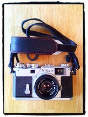 My Precious! (scorpius73) Tags: 35mm one nikon knot strap zhou nikkor s3 f25 35cm