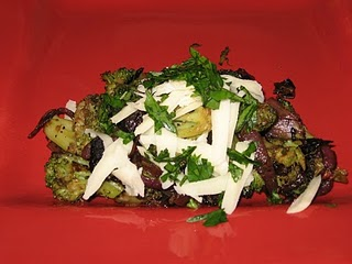 Food Junkie From Texas: Broccoli with Balsamic Caramelized Onions