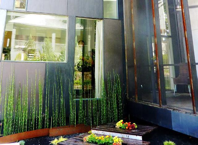P1020440-2010-06-05-Modern-Atlanta-10-Corley-Abstract