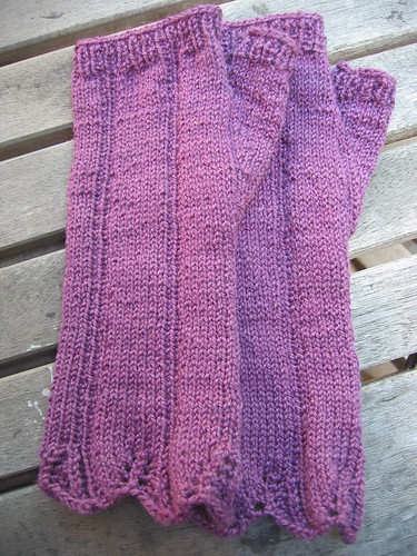 Purple Sleekit Mitts