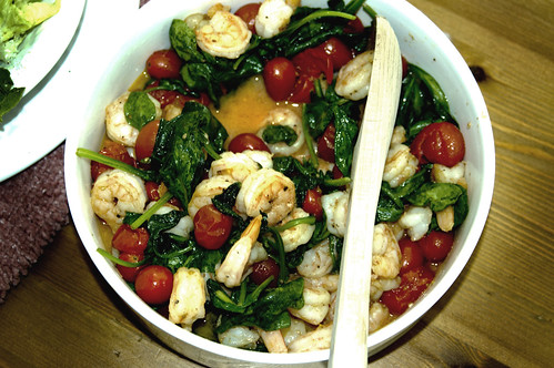 ... : Sautéed shrimp with spinach and cherry tomatoes | helenjane.com
