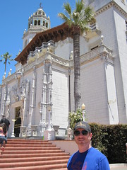 Tim in front of Hearst Castle. (06/06/2010)
