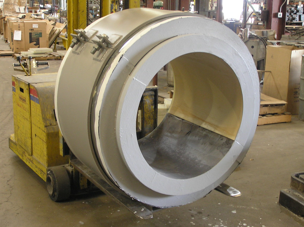 4 Insulated Cold Shoe Supports for a Gas Plant