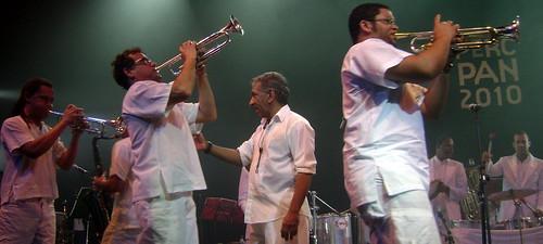 Letieres Leite & Orkestra Rumpilezz - 05/10/10