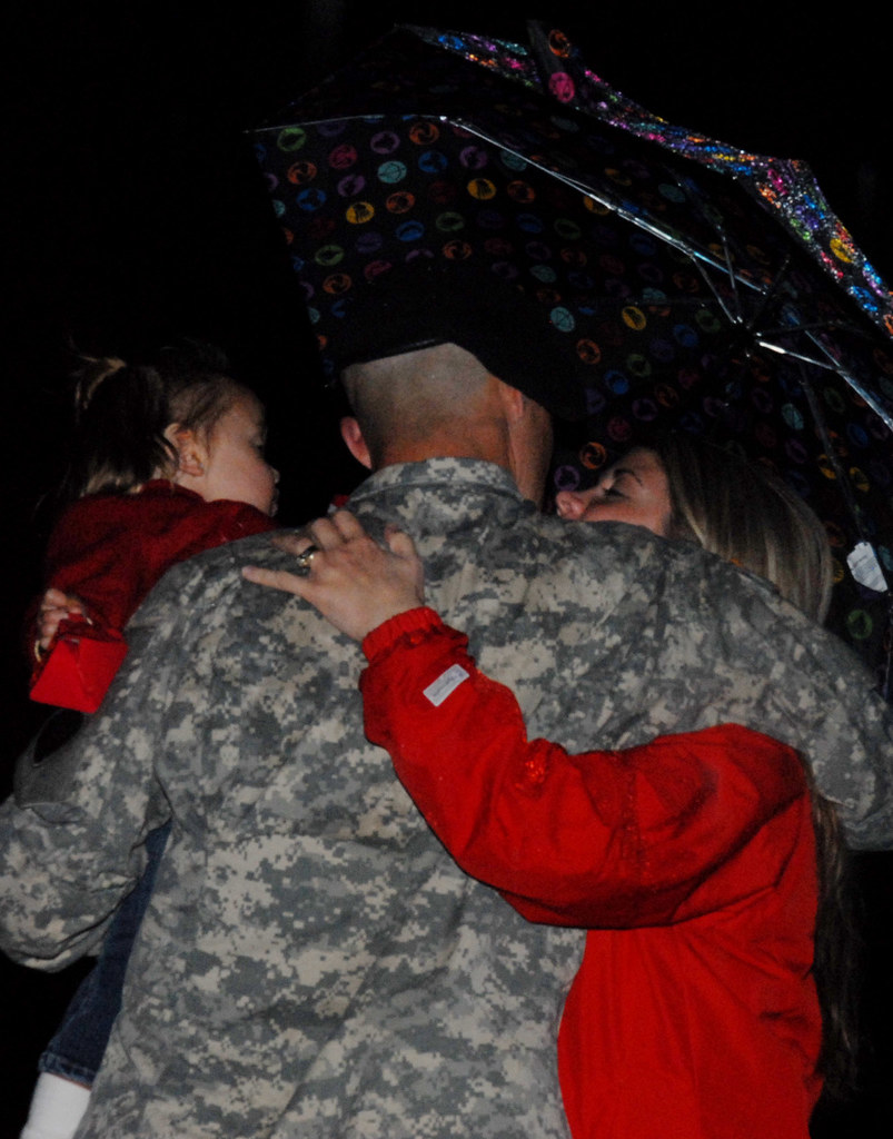29th ID Soldiers depart for Camp Atterbury, Ind.