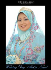D3S_5398 (HaniSham) Tags: wedding portrait colors beautiful couple hijab explore lovely nikkor brunei melayu peolpe perkahwinan darussalam d700 tradisi d3s tradision flowerofislam hanisham