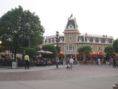 Woo Disneyland!