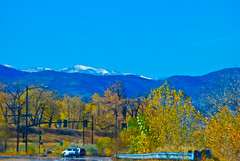 Littleton Countryside - Snow capped mountains & Autumnal  colors (Rockin Robin) Tags: colorado littleton snowtippedmountains peacefulnature populationdecline autumnalmixofcolors denvercountryside
