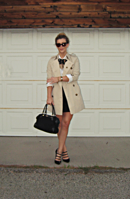 burberry trench+pencil mini skirt+vintage gucci+silk bow ties+pointy toed strappy heels