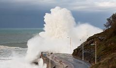 Ola gigante 2/ Giant wave 2 (zubillaga61) Tags: sea mar waves sansebastian olas donostia paseonuevo