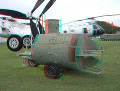 PATE MUSEUM HOME MADE SUBMARINE (REDFURD) Tags: pate museum 3d anagylph red cyan