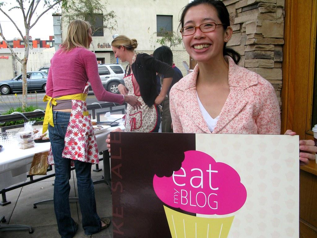 Cathy Dahn of Eat My Blog by Caroline on Crack