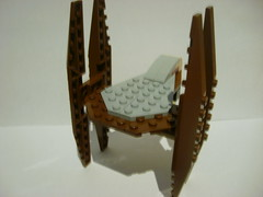 18_ Custom Vulture Droid-walk (Alexander's Lego Gallery) Tags: light storm trooper bike rebel star ship desert lego space luke battle walker solo darth empire saber jedi stormtrooper anakin spaceship lightsaber wars vader vulture clone pilot sith han droid speeder chewbacca leia blaster skywalker rebels galactic organa speederbike