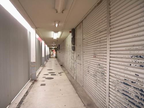 桜井市の商店街-26