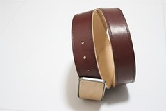 Two Face Veg Cherry Premium Belt - Cherry Side (OBBI GOOD LABEL) Tags: brown leather belt handmade trucker cowhide concho darkcherry longwallet vegtan obbigood