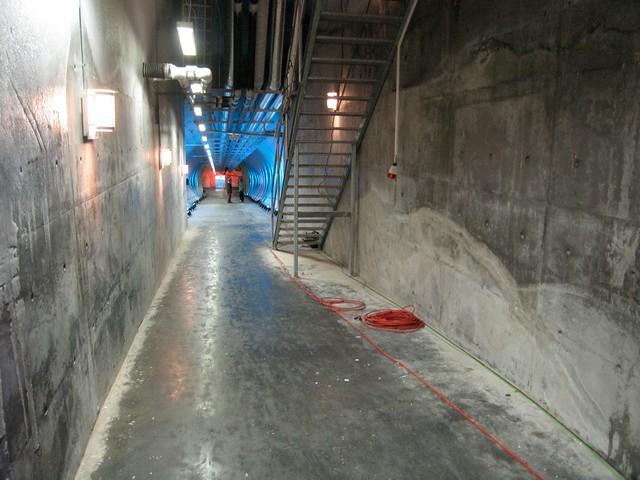 SGSV entrance tunnel