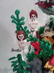P1245[01]_26-12-09 (Bart Willen) Tags: sea people grass clamp temple shark weed rocks ship turtle shell statues crab atlantis sail loch mermaid wreck medusa ness nessie squidd merdine
