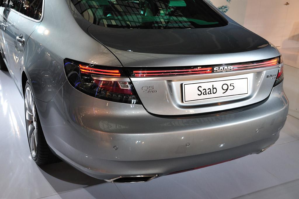 Saab new 9-5_back