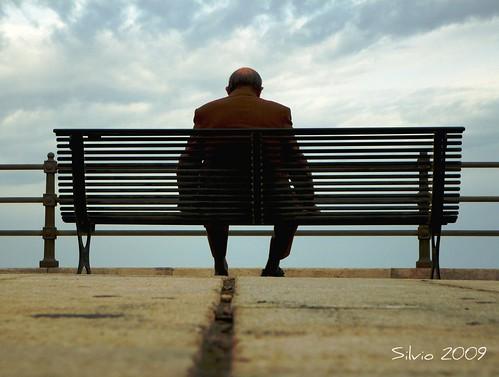Seduto su una panchina