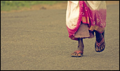 Way.to Go. (Prabhu B Doss) Tags: pink woman rural way nikon tn farmer tirunelveli sandal tamilnadu footstep 70300 friedrichnietzsche d80 prabhub prabhubdoss melaseval zerommphotography 0mmphotography